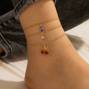 3/$30 💛 3pc Charm Anklet